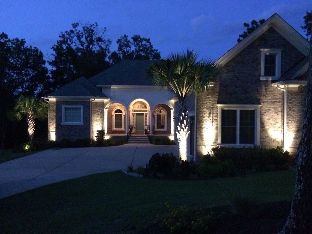 Landscape Lighting Nature S Best Lawn